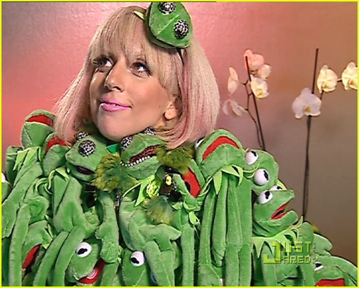 lady gaga its not easy being green photo 1116201