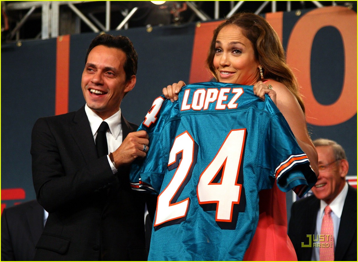 jennifer lopez dolphins marc anthony 03