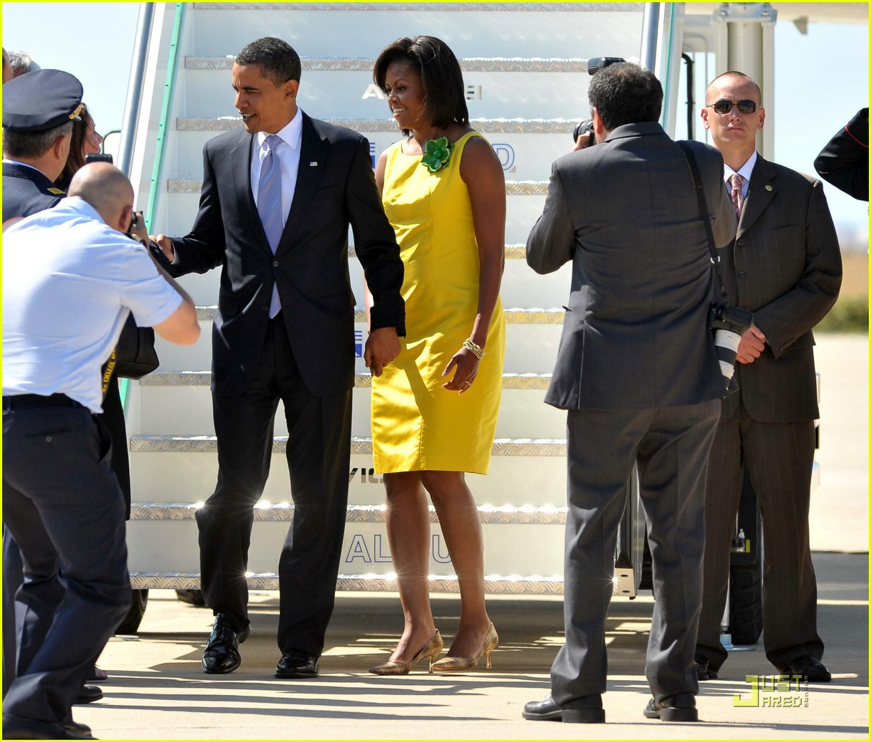 michelle obama hello yellow 04