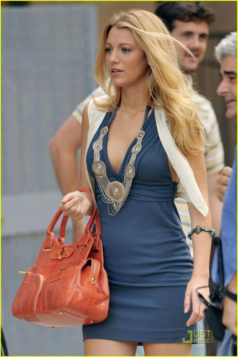 blake lively million dollars salary 10