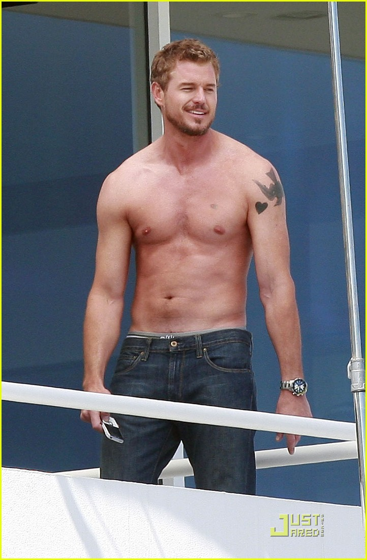 eric dane shirtless valentines day 03