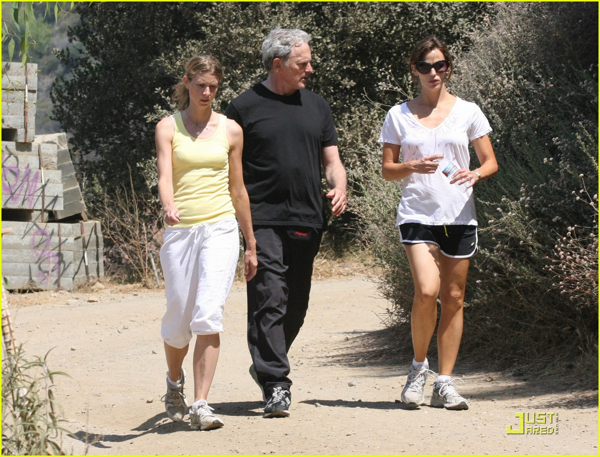 jennifer garner speedy sprinter 20