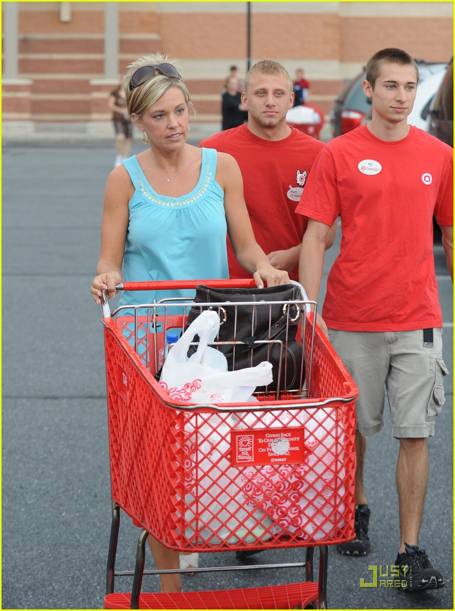 kate gosselin target troops 03