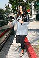 kourtney kardashian bigger baby bump 01