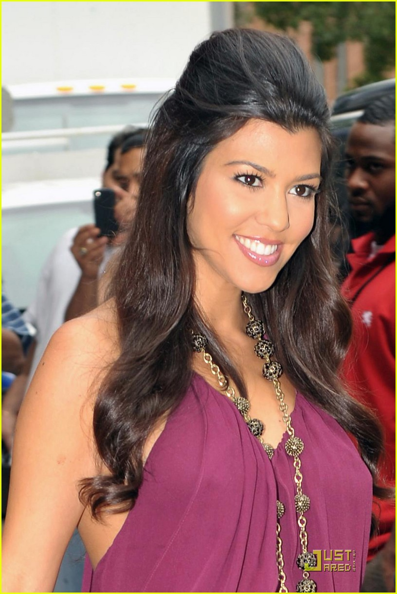 kourtney kardashian forgot to take the pill 05