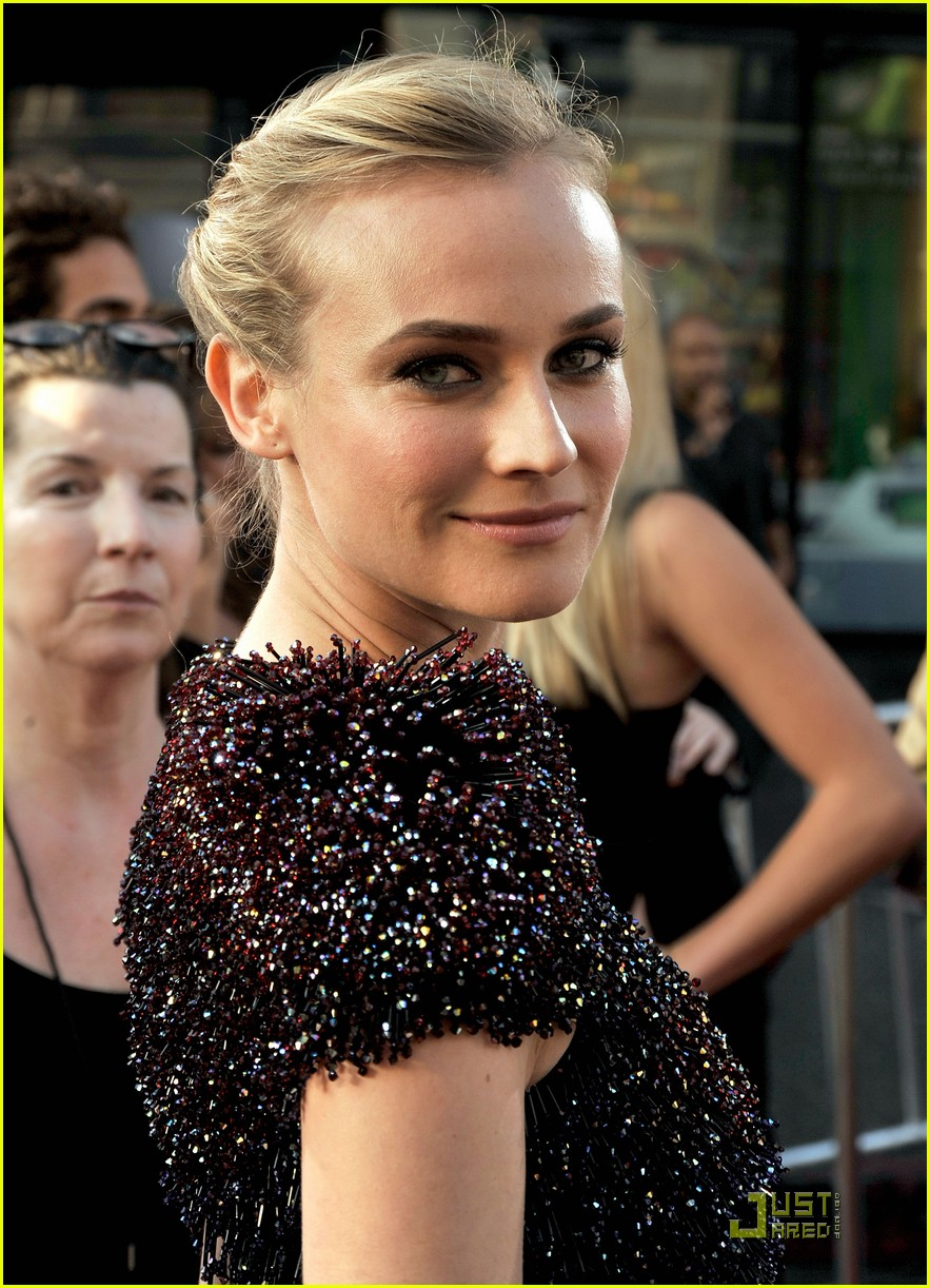 diane kruger backless basterd 07