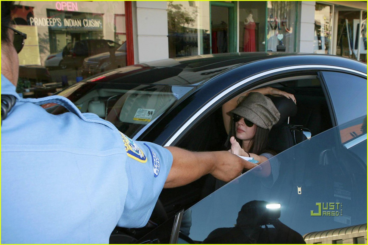 megan fox parking ticket 022167031