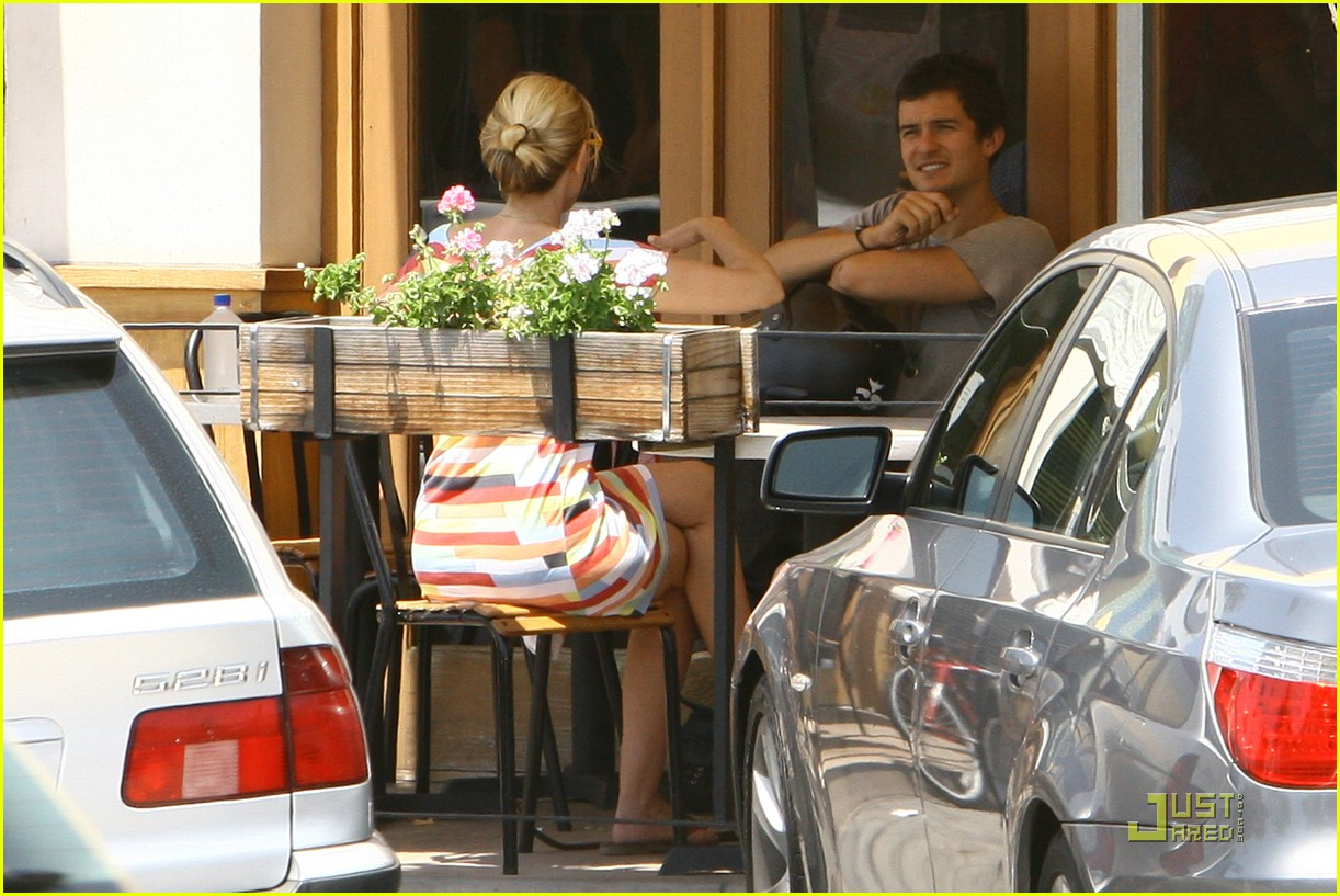 orlando bloom m cafe 08