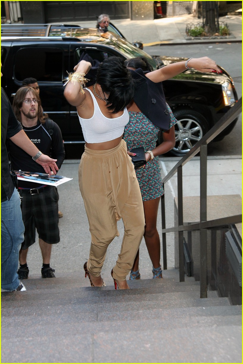 rihanna protective order chris brown 16