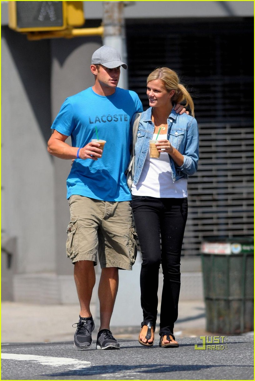 andy roddick brooklyn decker coffee 01