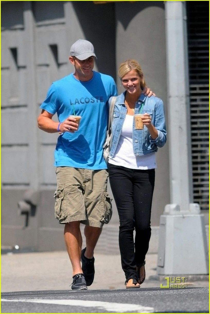 andy roddick brooklyn decker coffee 05