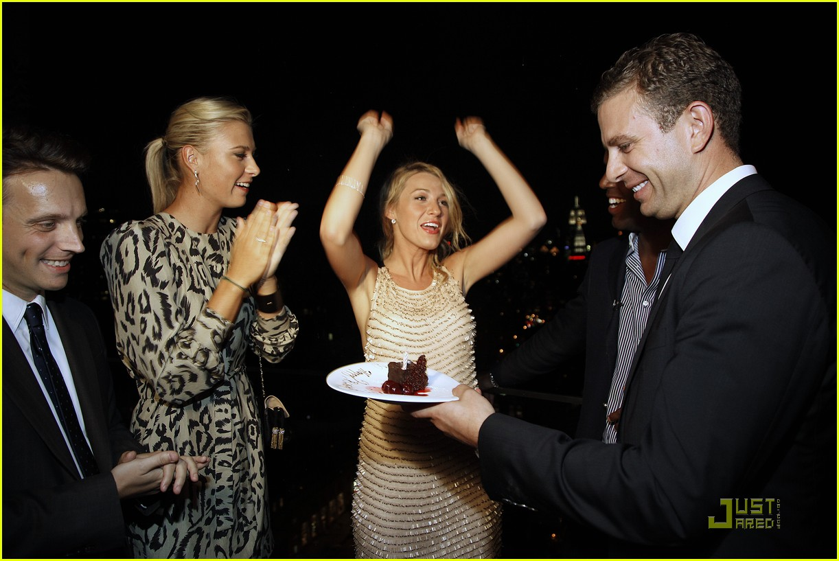 maria sharapova blake lively bash beauties 05