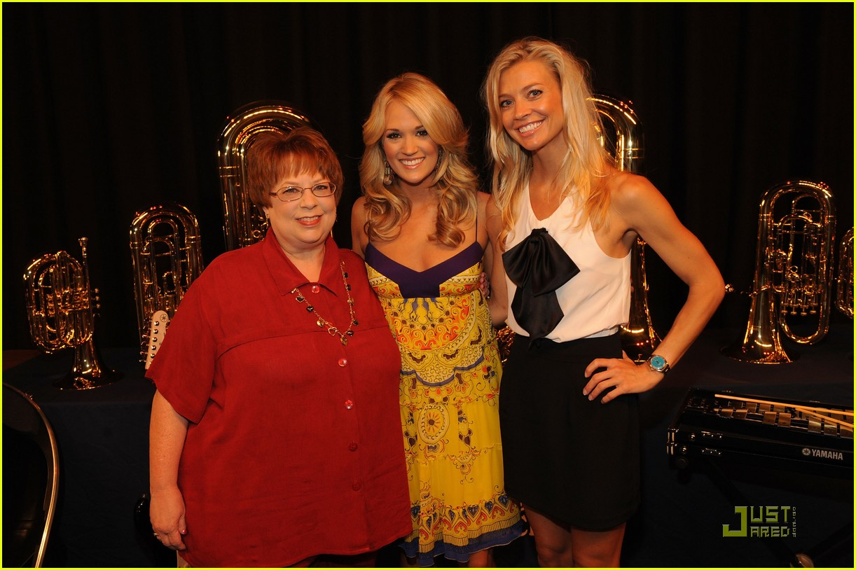 Carrie Underwood Donates Instruments To Checotah High SchoolCarrie Underwood In High School