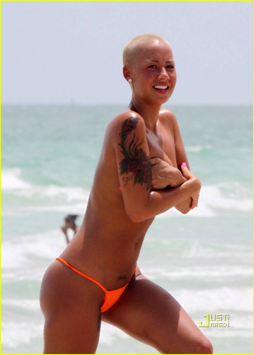 Amber Rose Aligns With Equinox: Photo 2180151 | Amber Rose ... Kanye West Virginia
