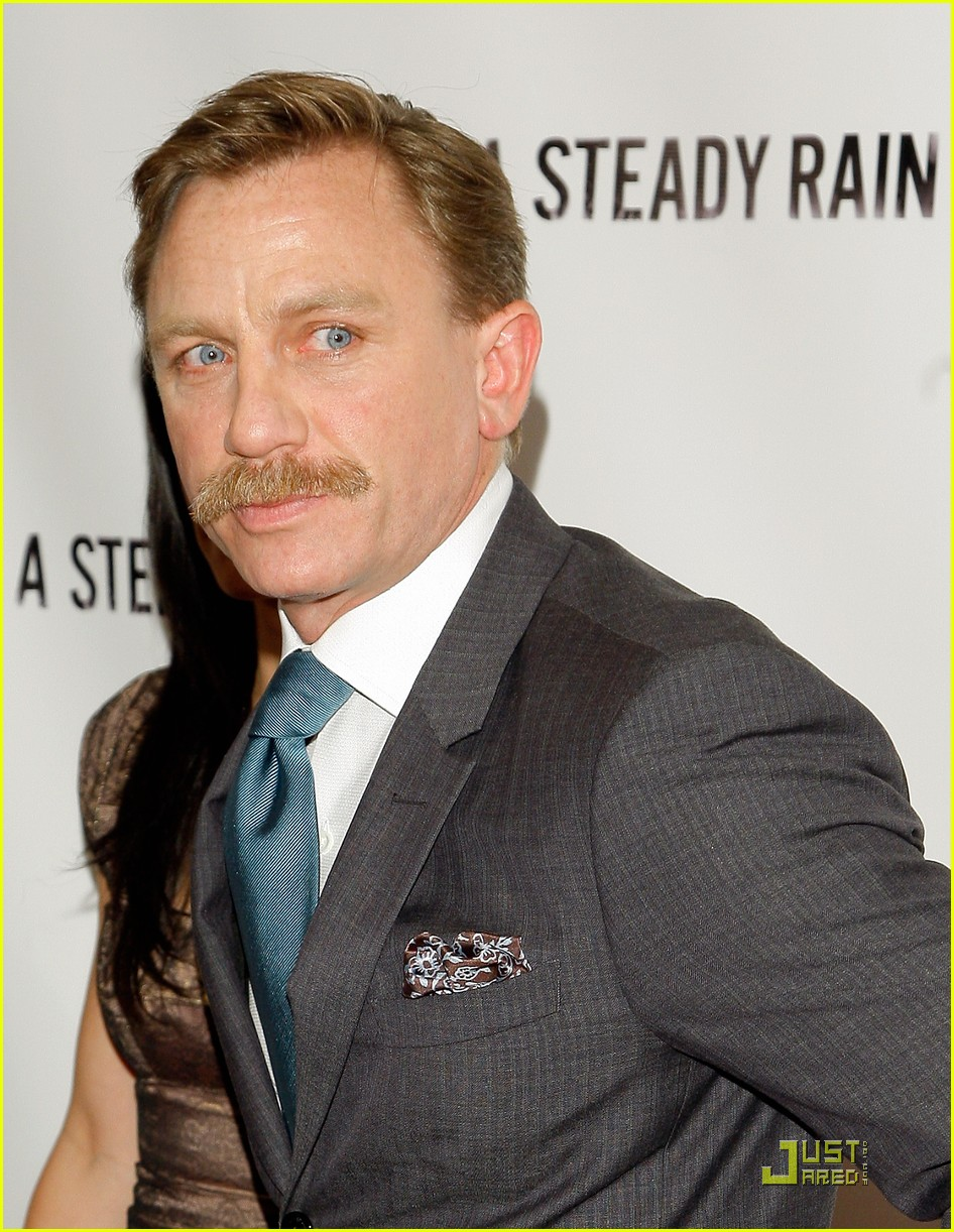 daniel craig hugh jackman steady rain premiere 32