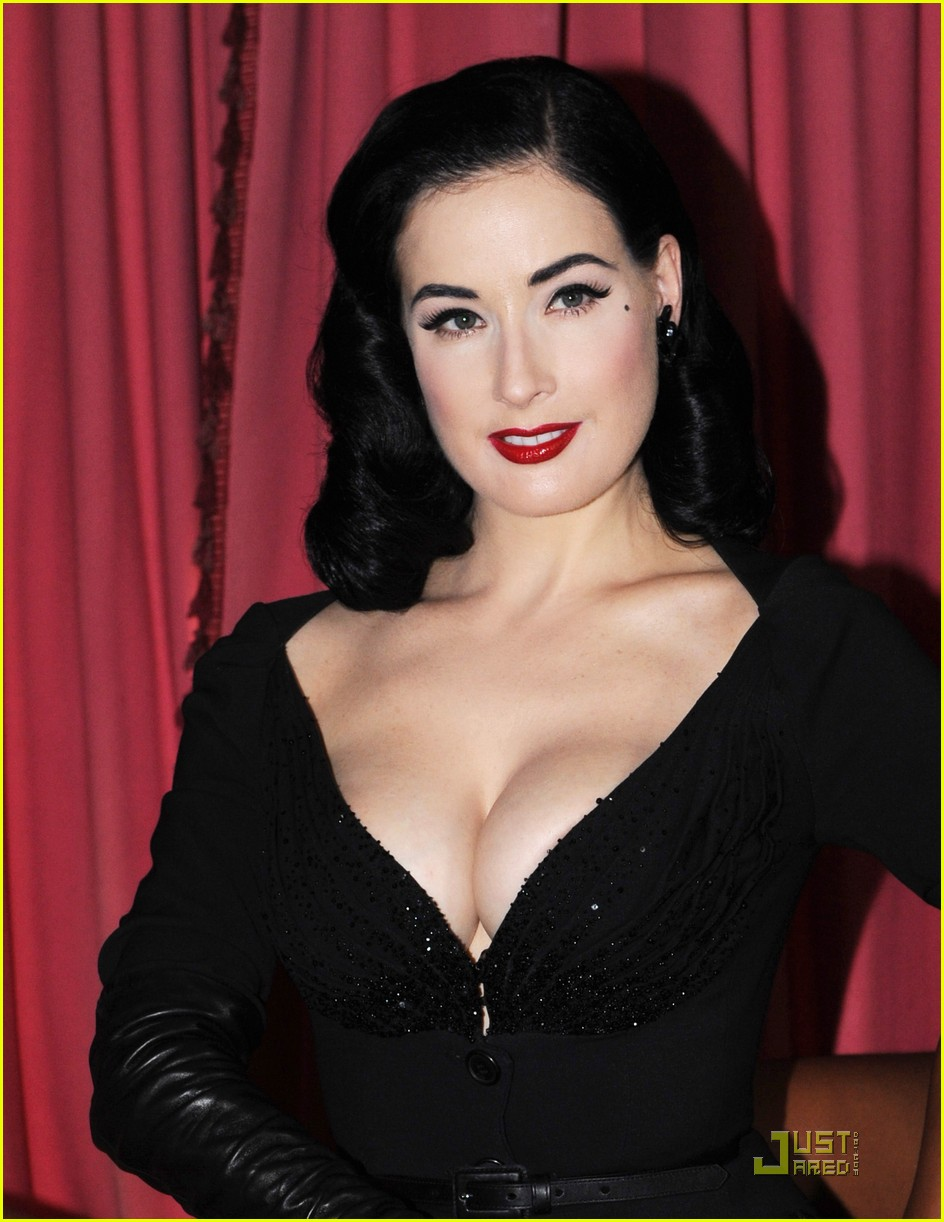 Full Sized Photo of dita wonderbra party edition 22 ...