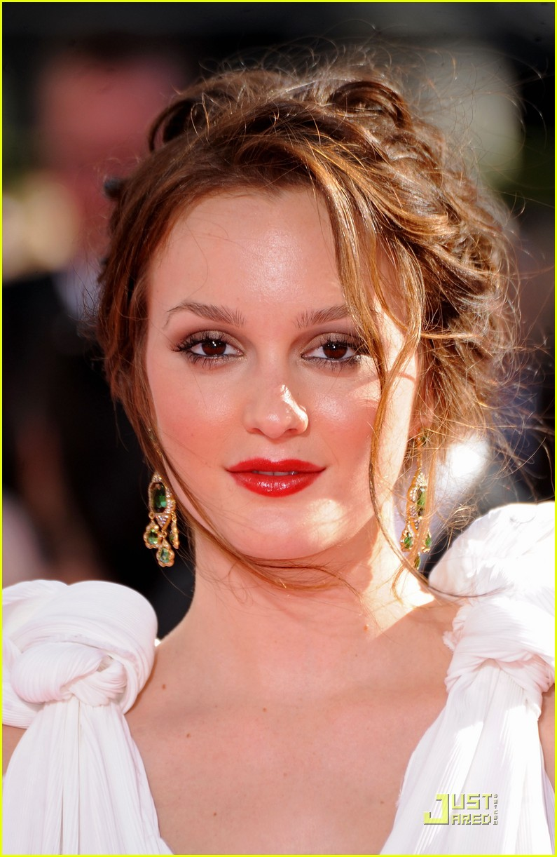 leighton meester emmys awards 2009 09
