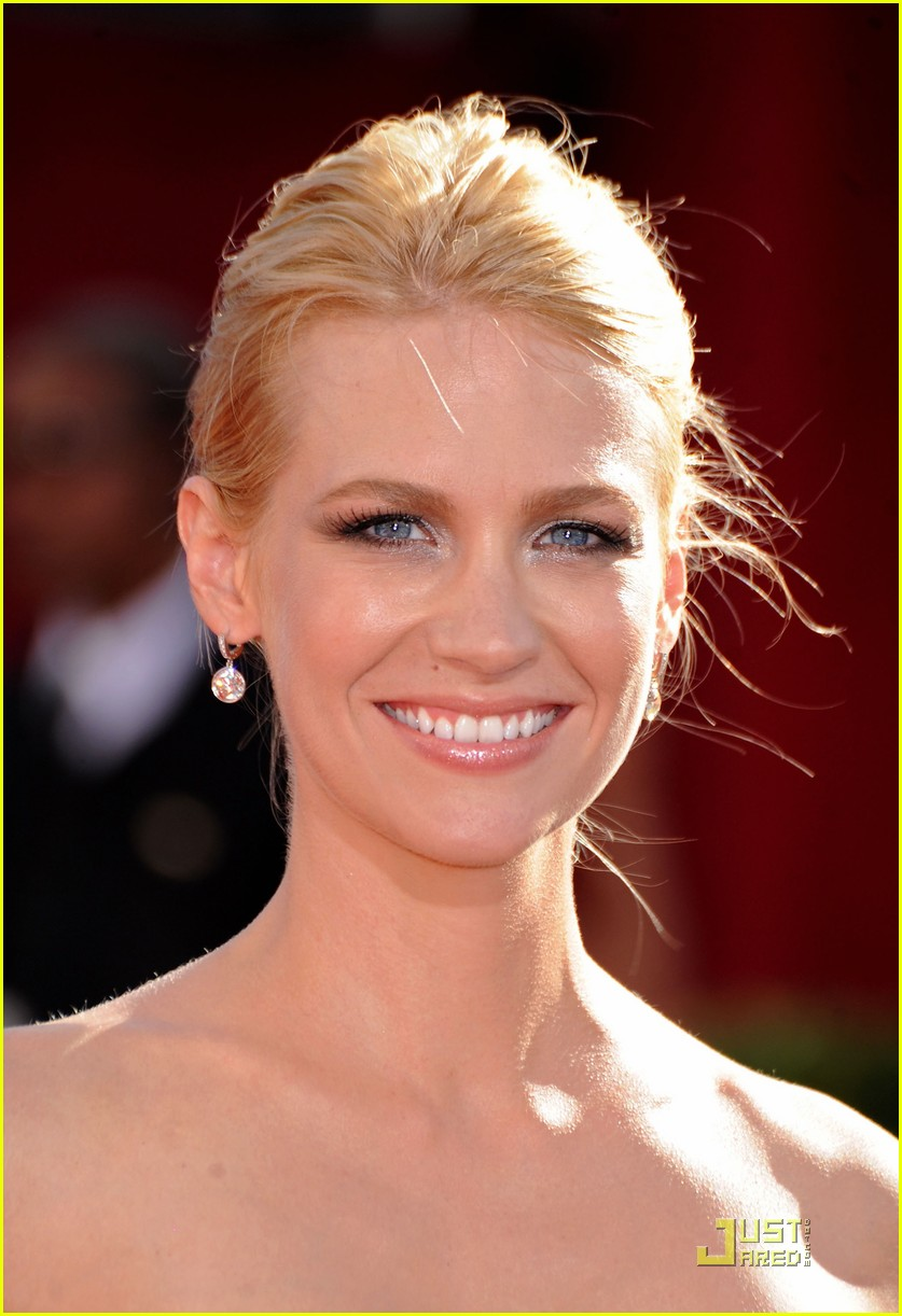 january jones emmy awards 2009 02