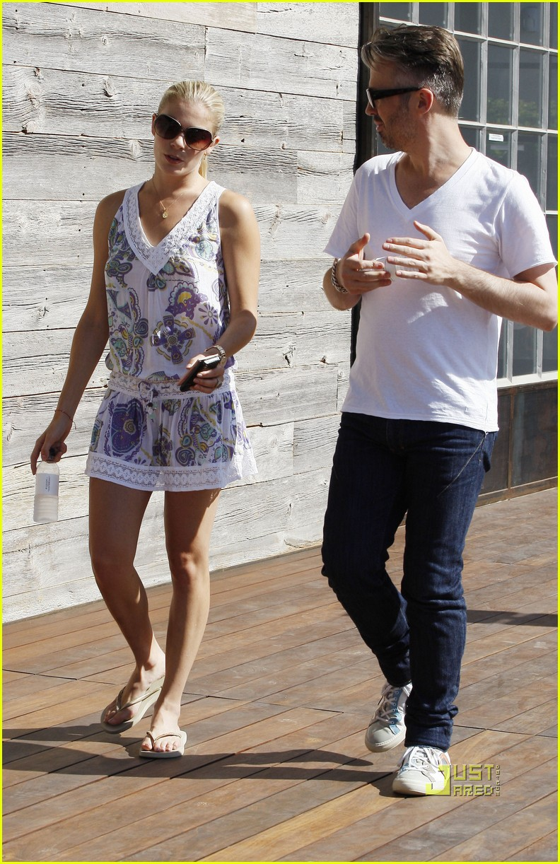 leann rimes thai beach restaurant 15