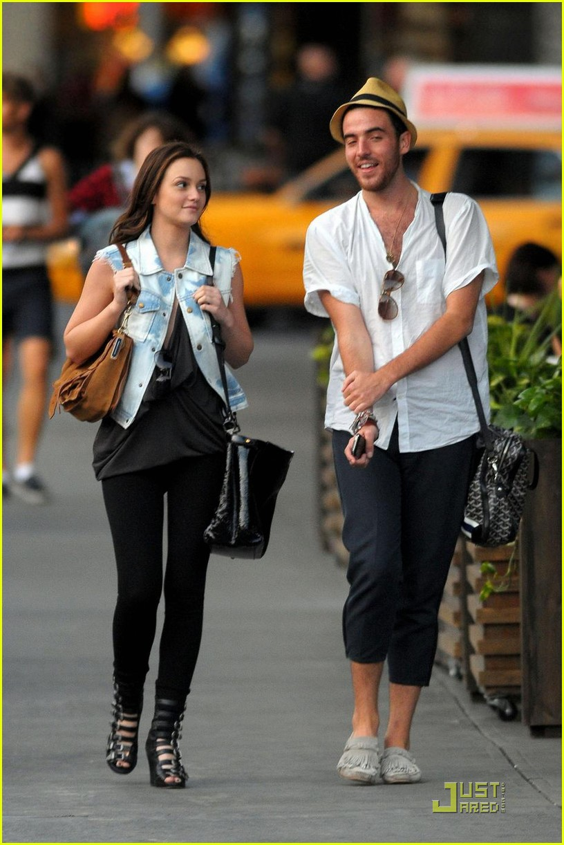 Full Sized Photo of leighton meester logan horne 01 ... Ed Westwick