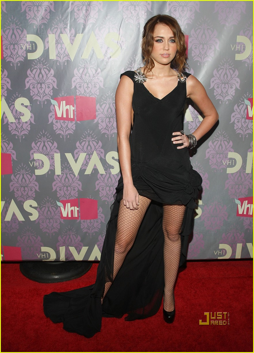 Miley Cyrus: VH1 Decked Out Diva