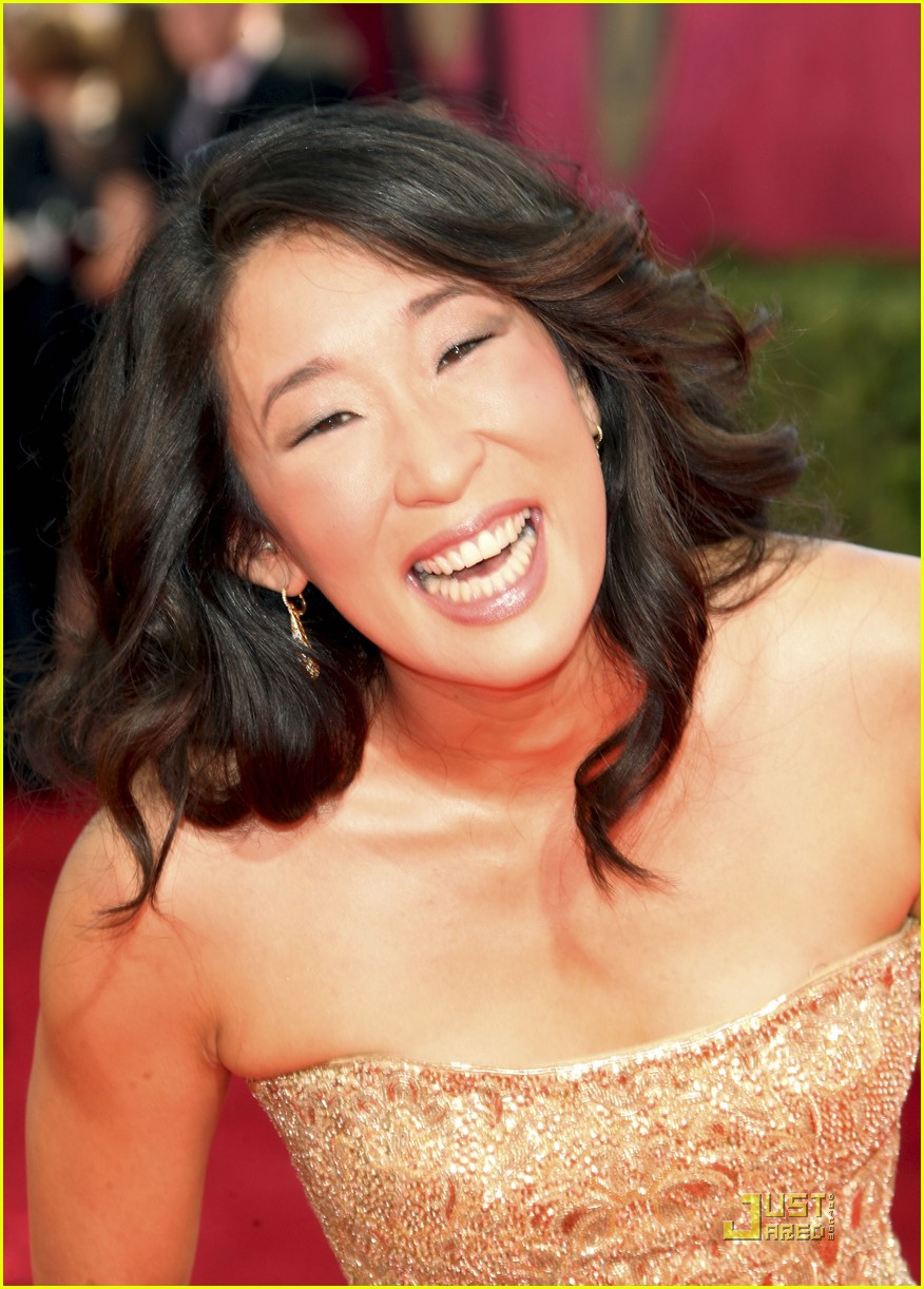 sandra oh emmy awards 2009 01