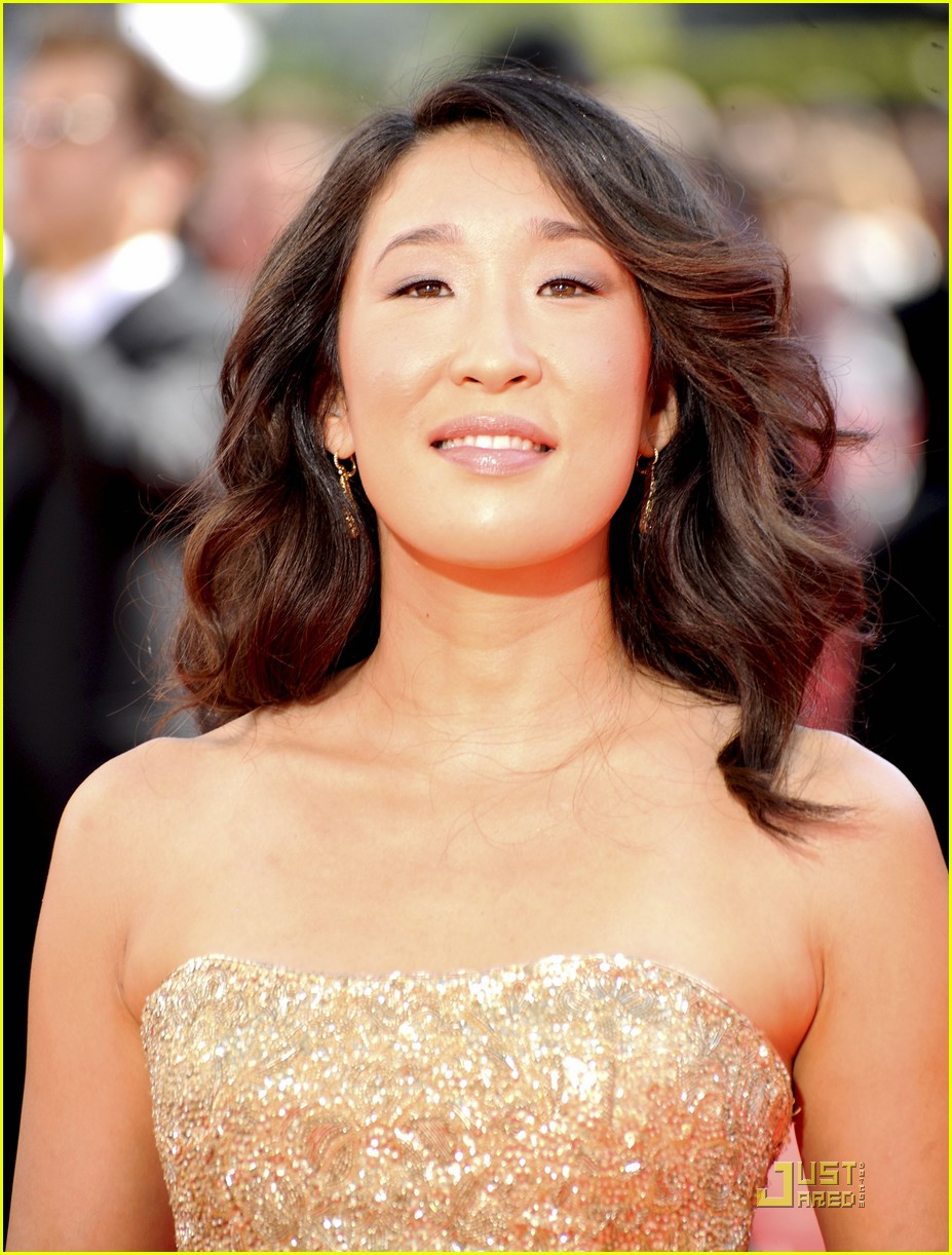 sandra oh emmy awards 2009 052230212