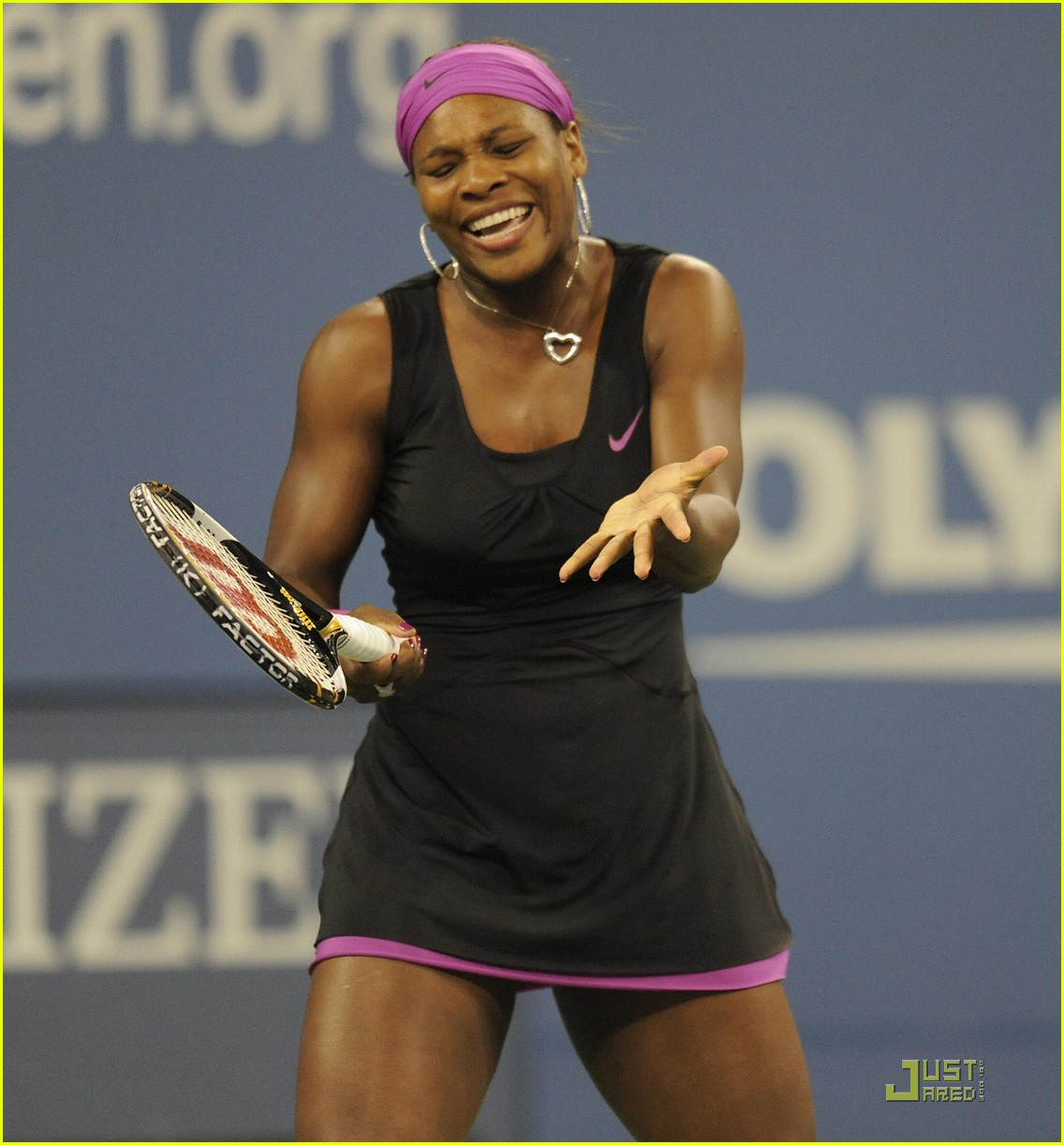 serena williams racket us open 02