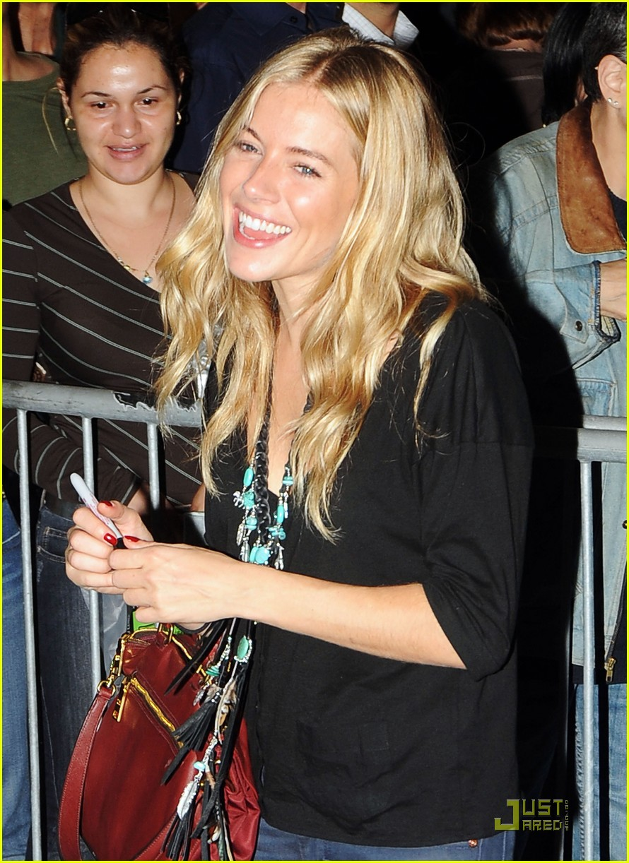 sienna miller after miss julie preview 08