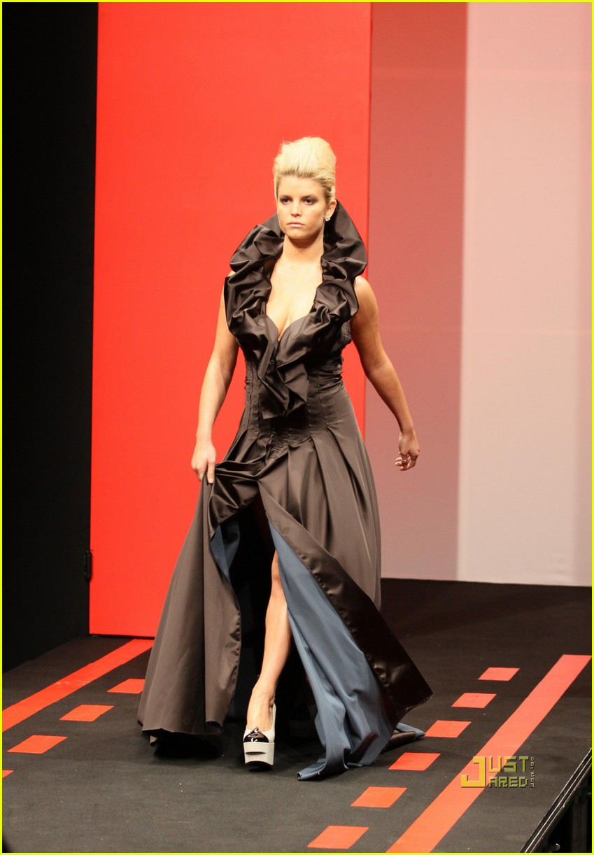 jessica simpson catwalk queen 07