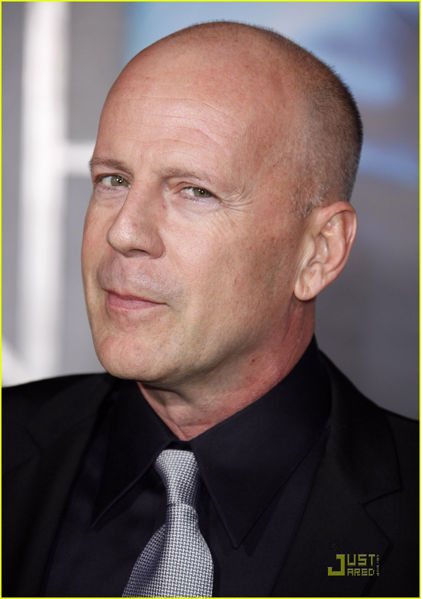 bruce willis surrogates 09