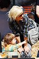 christina aguilera visits a pumpkin patch 15