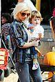 christina aguilera visits a pumpkin patch 25