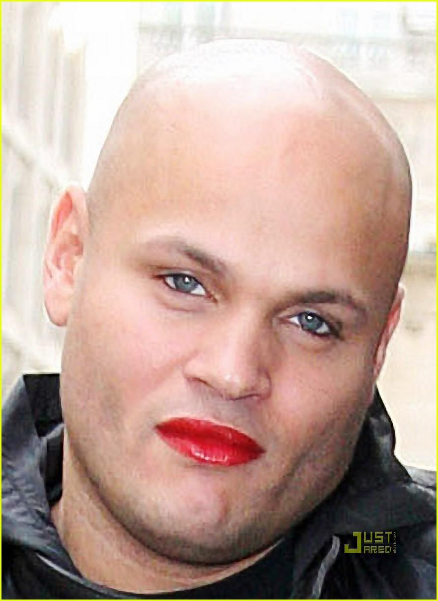 stephen belafonte wears mel bs lipstick photo 2295742