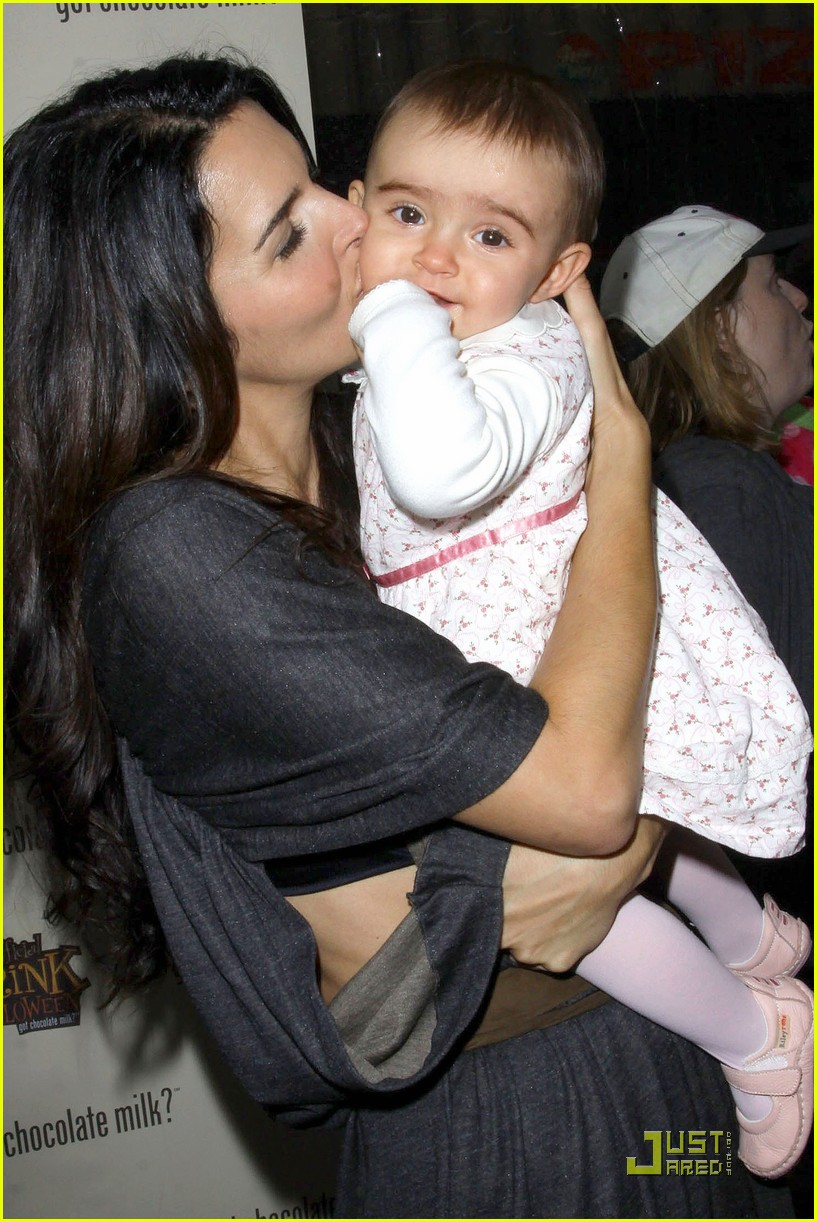 angie harmon celebrates chocolate milk 20