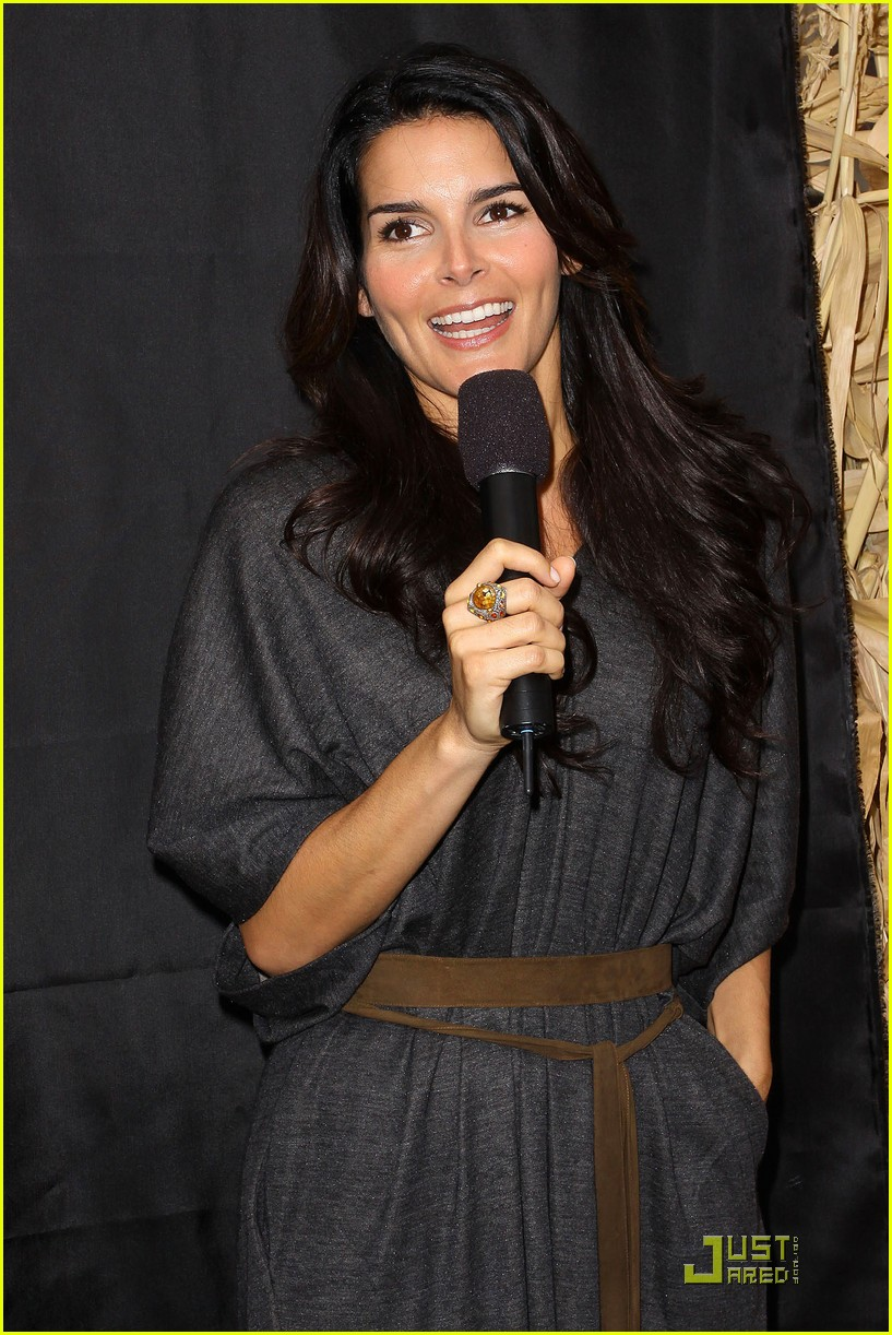 angie harmon celebrates chocolate milk 282285832