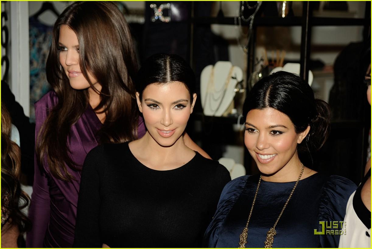 kim kardashian famous cupcakes grand opening 062273392