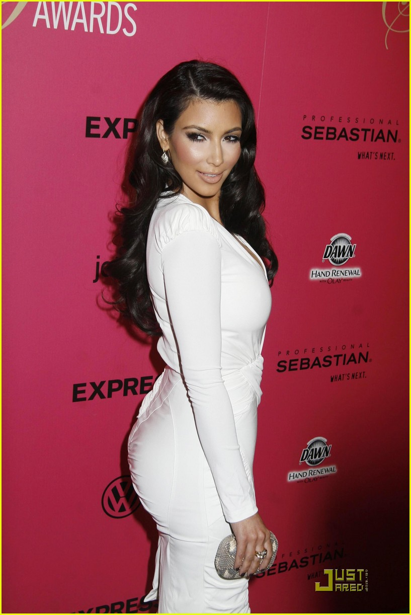 Full Sized Photo Of Kim Kardashian 2009 Annual Hollywood Style Awards 08 Photo 2280801 Just