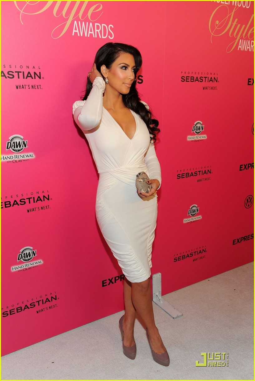 kim kardashian 2009 annual hollywood style awards 11