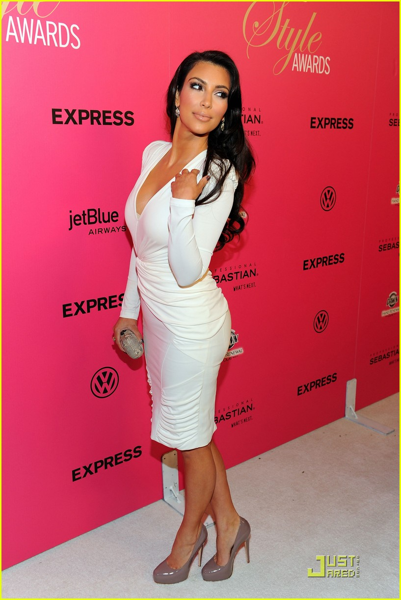 kim kardashian 2009 annual hollywood style awards 21