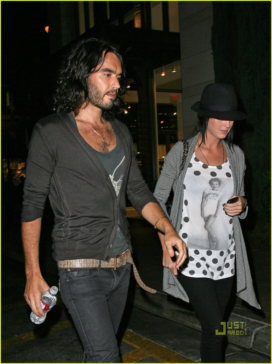 katy perry russell brand the grove 03