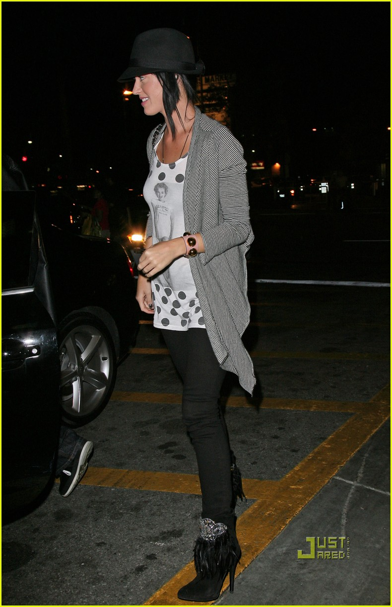katy perry russell brand the grove 122292712