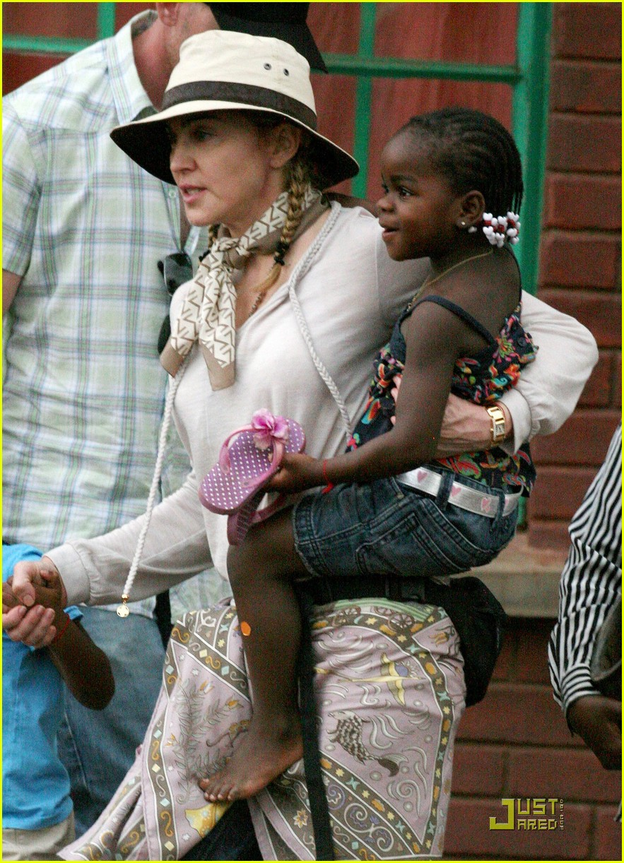 madonna is raising malawi 02
