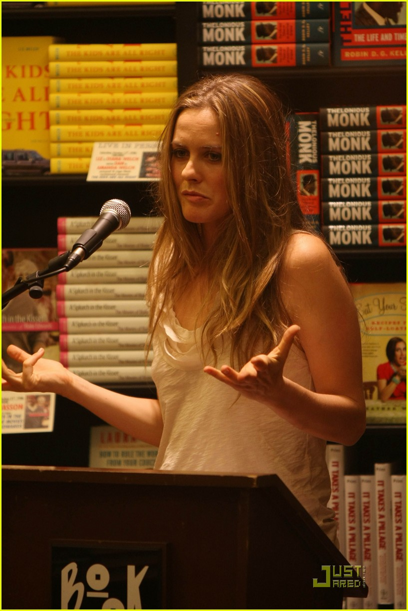 alicia silverstone kind diet 132290691