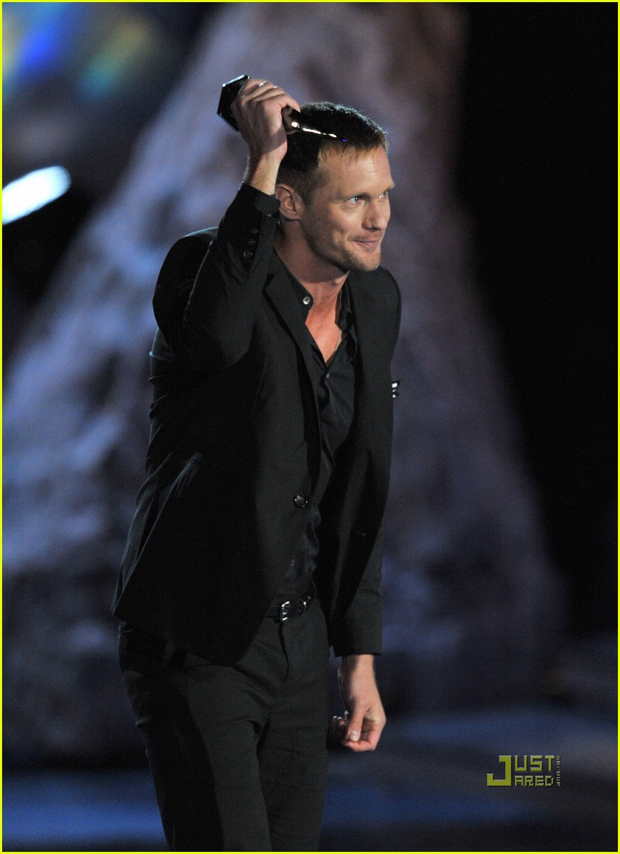 alexander skarsgard scream best villian 072293722