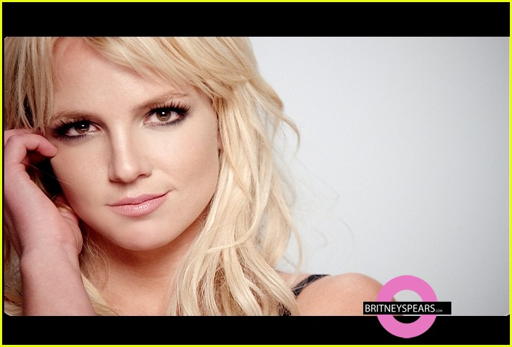 britney spears 3 music video preview pic 03