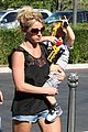 britney spears sons see a movie 13