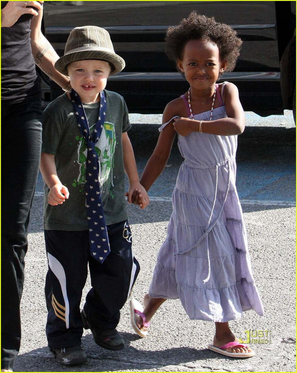 Shiloh Jolie-Pitt is a Bonpoint Baby: Photo 1137351 ...