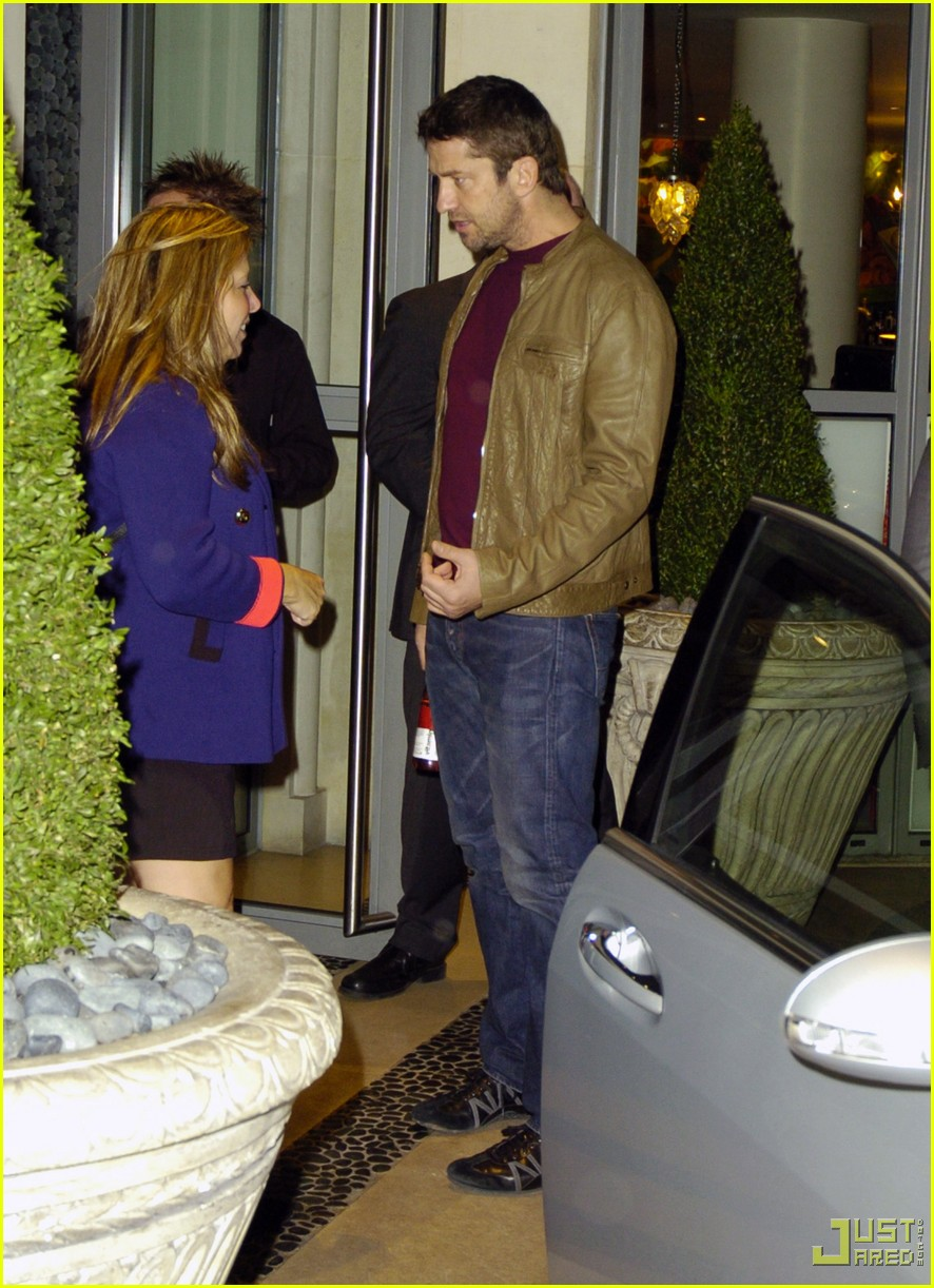 gerard butler leaving london hotel 02