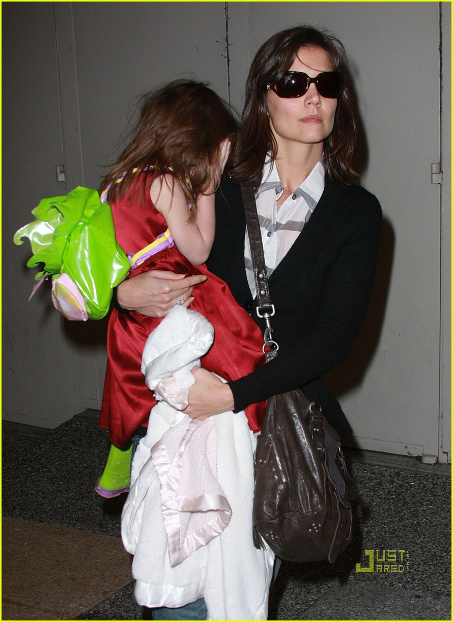 katie holmes suri cruise lion king broadway 11